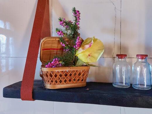 petite etagere en bois brule Maison Normande Home Decor