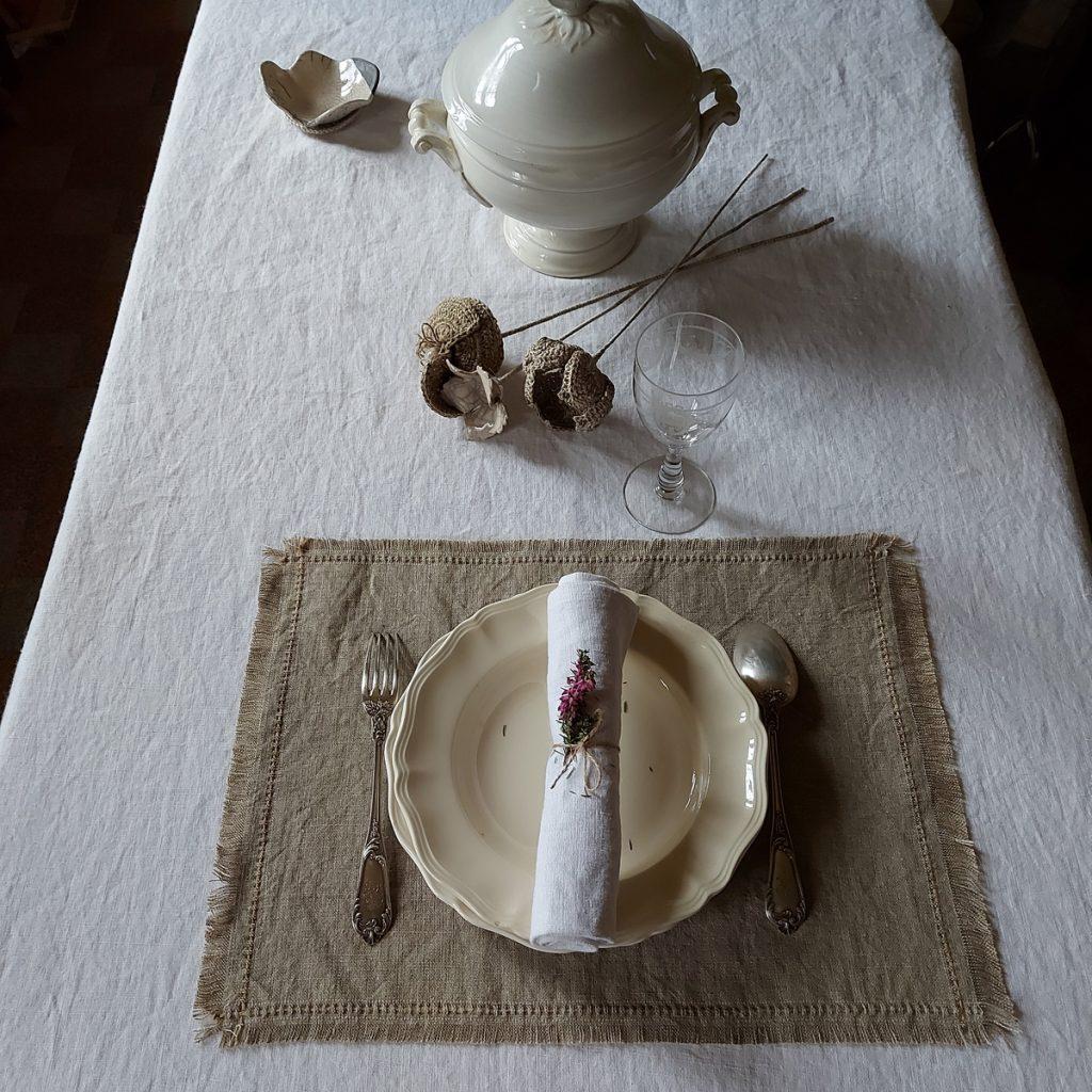 nappe en lin blanc @maisonnormande.boutique