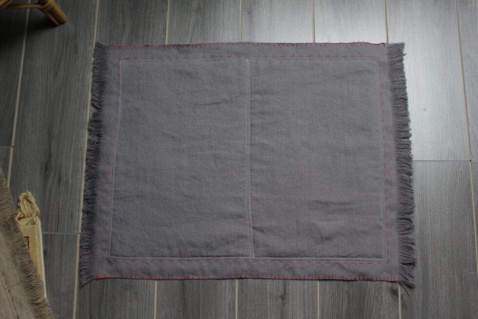 tapis en lin pour chat @maisonnormande.boutique