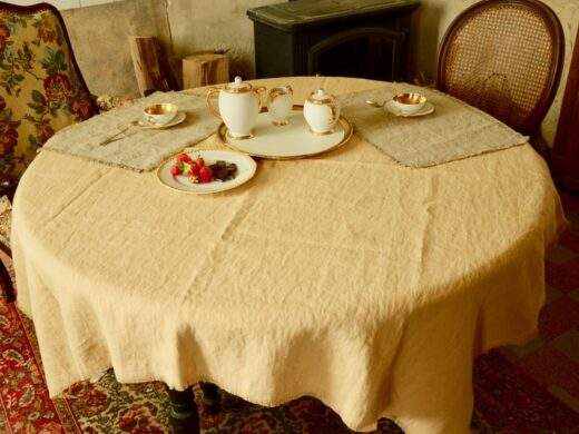 nappe carree en lin blé MN Home Decor