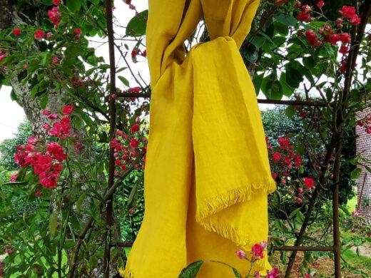 Echarpe en lin lavé mangue Maison Normande Home Decor